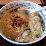 Daimeitantammen - ワンタン麺(650円)