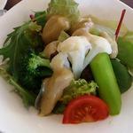 リストランテ サーヤ 究極のパスタ - サラダ程良い味のドレッシングが野菜の味を引き出しています。