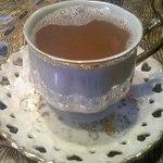 アニ&イバン - タマリンドジンジャー。甘く、生姜がピリッとして、タマリンドがほんのり苦く美味しいです。