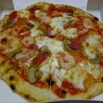 オリーヴ - ミックスピザ