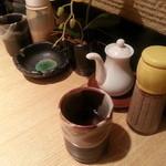 17738614 - とんかつ屋に来ればやっぱり温かいお茶ですよね・・・