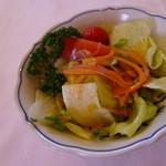 レストラン ボルドー - サラダ
