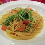 グラシアス - メインの海老と水菜のペペロンチーノ