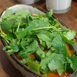 ヤミツキカリー - 大地の恵みの野菜カリー、パクチートッピング