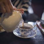 ヒロコーヒー - その日のおすすめコーヒーはプラス150円でポットでも出してもらえます