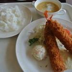 サンテ - 料理写真:エビフライ定食