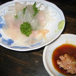こんがり家 - カワハギの刺身(肝醤油つき)