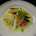 レストラン スリジェ - 海の幸のサフランソース