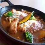 ローズベイカフェ タカシマ - 煮込みハンバーグ♪