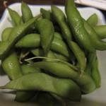日本酒と鮮魚居酒屋 囲炉裏 - コースのスタートは枝豆から