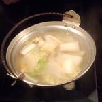 蕎麦鳥 - お通しの小鍋