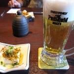 小樽食堂 - 料理写真:生と突き出し