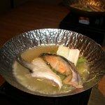 Sakanarobataumiza - 鮭カマの酒粕鍋