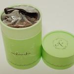 nikiniki - cannelle<カネール>(筒状のボックス入り、2013年2月)