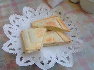 かとれあ - ハムチーズサンド630円