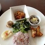 ディルラカフェ - 料理写真:プレートランチ