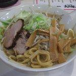 なにわ男麺 大五郎 - 味噌ら~めんの麺を引っ張り出してみました。