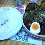 17795218 - チキン野菜カレー+しめじトッピング(1180+180円)