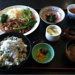 もく - 菜の花ランチ ¥1600