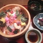 17799292 - 朝食セットメニュー 海鮮丼 \980
