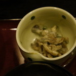 博多石焼 大阪屋 - シメジの胡麻和え