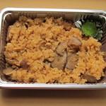 LIVE&SPORTS BAR BRAN - 「津観音名物 鶏ごぼう飯」 税込380円 ごぼうの風味と鶏のダシが出ています。津観音のご住職公認の一品。http://genki3.net/?p=15182