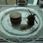 セリーズ by ゴードン・ラムゼイ - デザート:バナナのミルフィーユ パルフェとキャラメリゼ ビターチョコレート