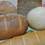 ベッカライ ヤキチ - ベッカライヤキチの芳醇なパン