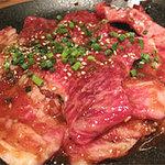 ハチハチ 赤坂店 - 国産牛サンキューカルビ 390円