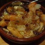 エスタシオンバル ナトリ - 料理写真:小海老のアヒージョ