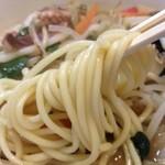 葉隠 - ちゃんぽん、麺