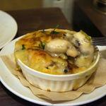 ビストロ・ラ・トルチュ - 牡蠣がたっぷりです
