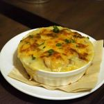 ビストロ・ラ・トルチュ - 細君が注文した牡蠣のグラタン