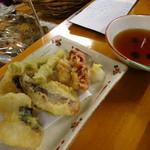 天国 - 地魚の天ぷら400円