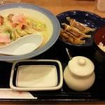 リンガーハット - '13/03/14 スモールトリプルランチ(スモールちゃんぽん+餃子3個+ご飯)490円