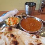 インド料理 ダルバール - ランチセット 680円
