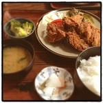 よしば - 愛知県豊橋市。 ランチに、から揚げ定食!