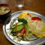 キッチン.トモ - オムライス700円