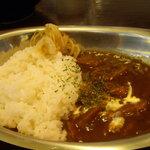 讃岐流坦々麺と大宝寺カレーの専門店 北斗辛軒 - 半カレー
