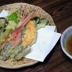 宮野屋 - 山菜てんぷら(600円)