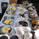 松屋 - 野菜惣菜を中心としたヘルシーメニュー