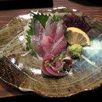 海鮮食道 十八番 - あじ刺身(500円)