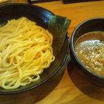 麺や つとむ - 期間限定味噌つけ麺800円+味玉(平日ランチサービス)