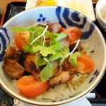 かわせみ - 料理写真:とりトマト丼:700円