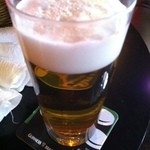 ホワイトベアー - ハッピーアワー ビール