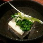 17880995 - 先付(315円)。豆腐のテリ―ヌ。
