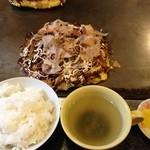 もんた - モダン焼きの定食風!