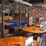 ババ・ガンプ・シュリンプ 東京 - ルイジアナの海老漁の漁師小屋をイメージしたお洒落な雰囲気☆