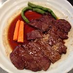 焼肉せんりゅう - ステーキ