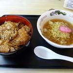 味の美和 - 料理写真:Bセット(¥840)